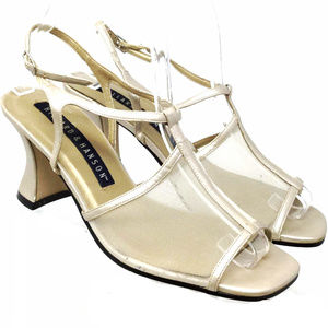 Hillard & Hanson Women's Sandals  Sz Us 8M Golden